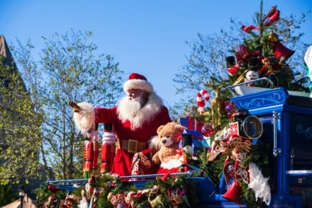 Disneyland decorate Christmas